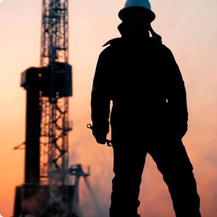NIOC issues tender to charter 2 onshore rigs